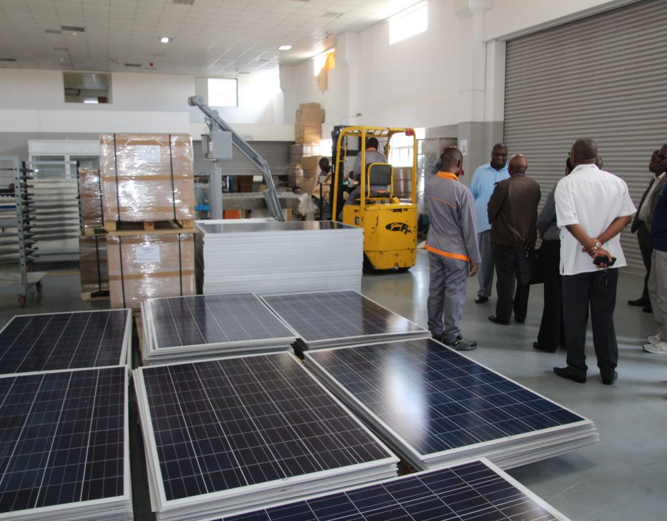 Site visit at the factory of the Energy Fund FUNAE in Beluluane